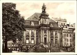 Postcard Legnica Liegnitz Schlesien, Blick auf das alte Rathaus, Treppe, Frontansicht