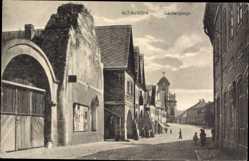 Ak Alt Lauscha Reg. Aussig, Laubengänge, Kirche, Straßenpartie, Tor