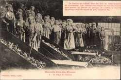 Ak Série des Mineurs, Le triage du Charbon, Kohleabbau, Trennbänder, Frauen