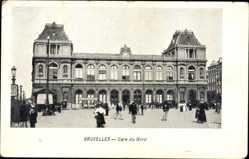 Postcard Bruxelles Brüssel, Blick auf den Bahnhof, Straßenseite, Gare du Nord