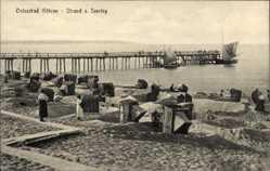 Ak Ostseebad Göhren auf Rügen, Blick auf den Strand mit Seesteg