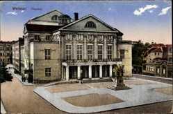 Postcard Weimar in Thüringen, Blick auf den Eingang des Theaters