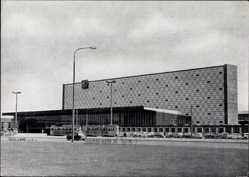 Postcard Braunschweig in Niedersachsen, Neuer Hauptbahnhof, Straßenseite