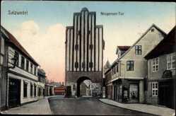 Ak Salzwedel in der Altmark, Neuperoer Tor, Geschäft