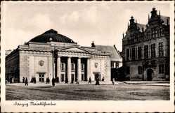 Postcard Gdańsk Danzig, Blick auf einen Platz und das Staatstheater, Eingang