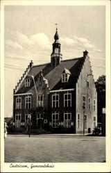 Postcard Castricum Nordholland Niederlande, Gemeenrehuis, Gemeindehaus, Giebel