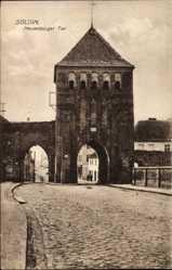 Postcard Myślibórz Soldin Pommern, Neuenburger Tor, Straßenpartie