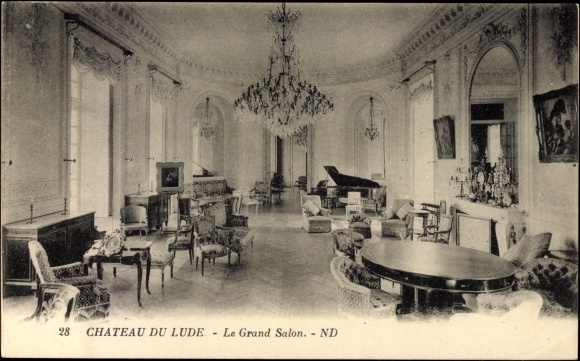 Carte postale le lude sarthe grand salon en chateau du for Salon carte postale