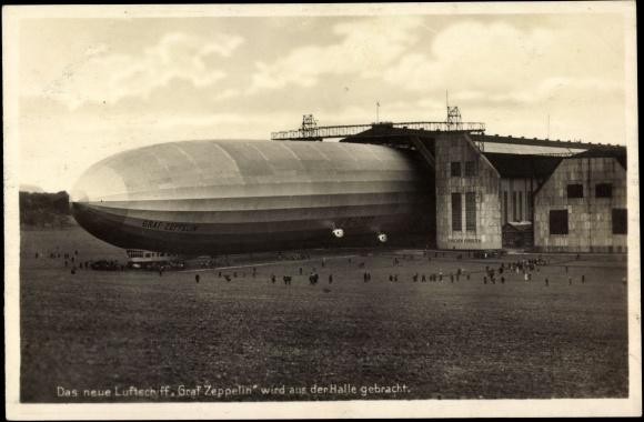 postcard luftschiff graf zeppelin wird aus halle. Black Bedroom Furniture Sets. Home Design Ideas