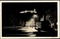 Postcard Ljubljana Slowenien, Pgled s Kongresnega trga na razsvetljeni grad, Nacht