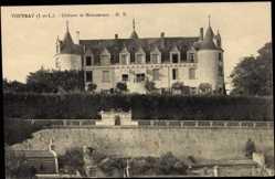 Cp Vouvray Indre et Loire, vue générale du Château de Moncontour