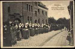 Ak Kevelaer am Niederrhein, Wallfahrtsort, Holländer Prozession, Marktstraße