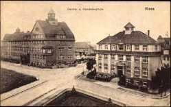Postcard Riesa an der Elbe Sachsen, Carola und Handelsschule, Kreuzung