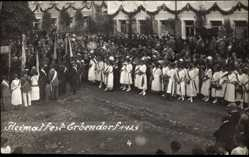 Foto Ak Erbendorf Oberpfalz, Heimatfest 1924, Fahnenträger, Geschmückte Häuser