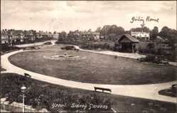 Postcard Yeovil South West England, Sidney gardens, park, fountain, houses