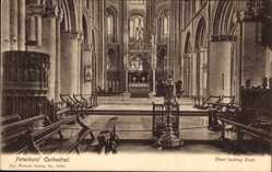 Postcard Peterborough East of England, Peterboro' Cathedral, Choir looking East