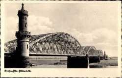 Postcard Riesa in Sachsen, Blick entlang der Elbbrücke, Brückenturm
