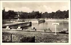 Postcard Riesa in Sachsen, Blick in das Stadtbad, Sprungturm, Schwimmbecken