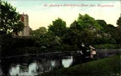 Postcard Biggleswade England East, St. Andrew's Church from River Ivel