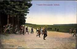 Ansichtskarte / Postkarte Zeithain in Sachsen, Truppen Übungsplatz, Übung auf dem Feld
