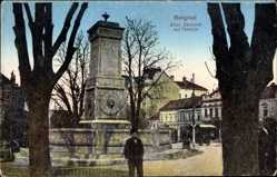 Postcard Belgrad Serbien, Altes Denkmal auf Terazija, Junger Mann