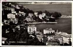 Postcard Opatija Abbazia Kroatien, Panorama der Ortschaft, Häuser am Hafen