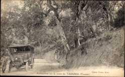 Postcard Tabarka Tunesien, Automobile sur la Route, Auto