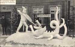 Ak St. Andreasberg Braunlage, Kampf mit dem Drachen, Schneeskulptur