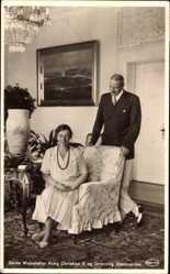 Postcard Kong Christian X. og Dronning Alexandrine, König von Dänemark, Königin