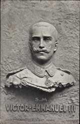 Ak S. M. Victor Emmanuel III, König von Italien, Sculptogravure, Plastik