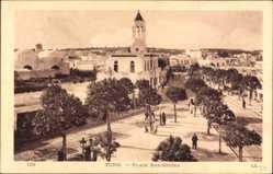 Ak Tunis Tunesien, Place Bab Souika, Blick auf einen Platz, Häuser