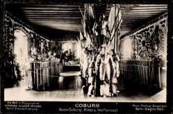 Postcard Coburg in Oberfranken, Der Ritter und Waffensaal in der Feste