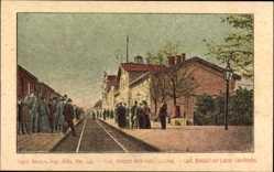 Postcard Łódź Lodsch Polen, Bahnhof der Lodzer Fabrikbahn, Gleisseite