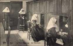 Ak Gent Ostflandern, Le Petit Béguinage, Un Réfectoire, Nonnen