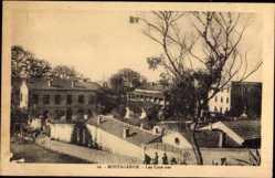 Ak Mostaganem Algerien, Les Casernes, Blick auf die Kasernen