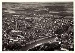 Postcard Ulm an der Donau, Panoramablick auf die Stadt mit Fluss und Münster