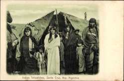 Postcard Santa Cruz Argentinie, Indios Tehuelches, Indianer vor ihrem Zelt, Kinder