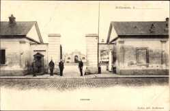 Ak Saint Germain Yvelines, Caserne, Straßenpartie mit Blick auf Kaserne, Eingang