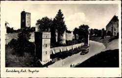 Postcard Landsberg am Lech in Oberbayern, Straßenpartie am Bayertor