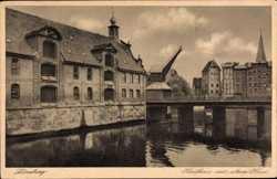 Kaufhaus, alter Kran