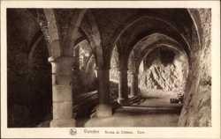 Ruines du Chateau, Cave