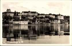 Blick vom Bodensee zum Schloss