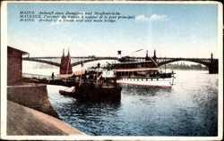 Ankunft eines Dampfers, Straßenbrücke