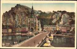 Pont, Eglise