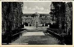 Schloss mit Terrassen
