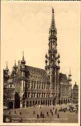 La Grand'Place, Hotel de Ville